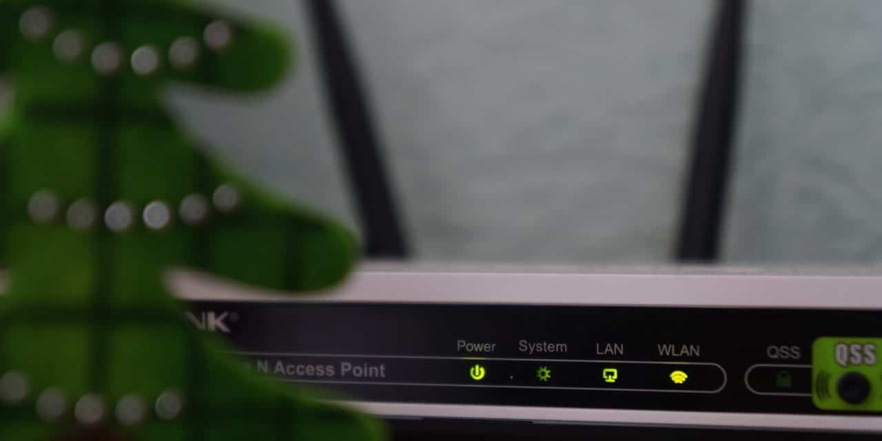 New WNDR4000 and WNDR3800 Compared With WNDR37Av Wireless High Performance Router